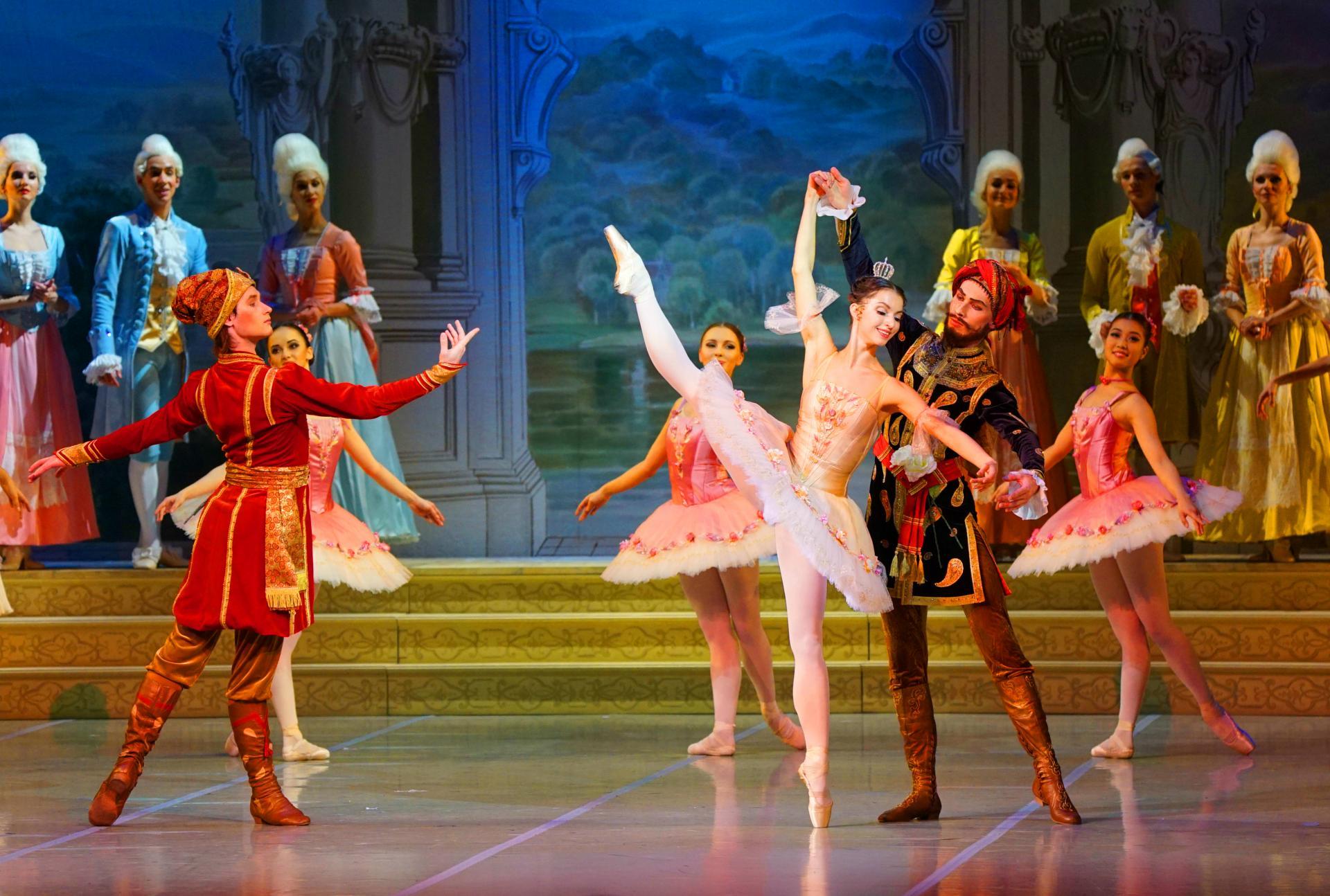 Jean Guillaume Bart La Belle au bois dormant Yacobson Ballet # Ballet Belle Au Bois Dormant