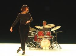 touze-l-un-saut-desordonne-th-cite-internationale-06-fev-2012-1.jpg